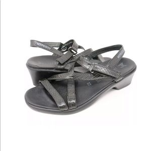 Mephisto Black Leather Strappy Block Heel Sandals